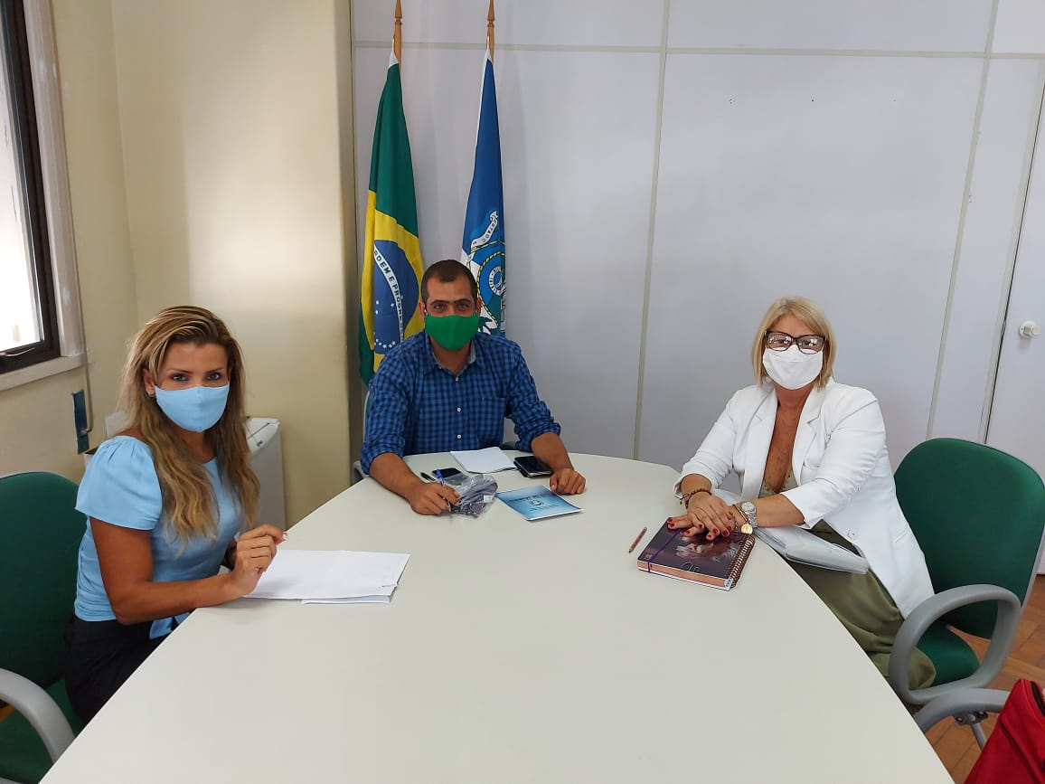 Secretária municipal dos Direitos da Mulher, Margareth Rosi, foi recebida no Rio. (Foto: Divulgação)