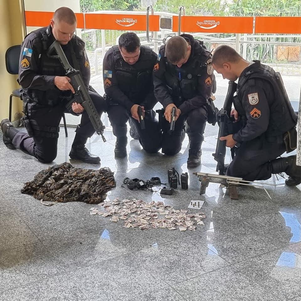 Material apreendido na ação da PM. (Foto: Divulgação/Polícia Militar)